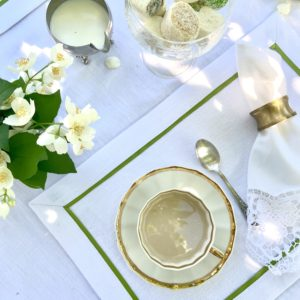 Салфетка сервировочная 2 шт. белая с салатовым кантом
