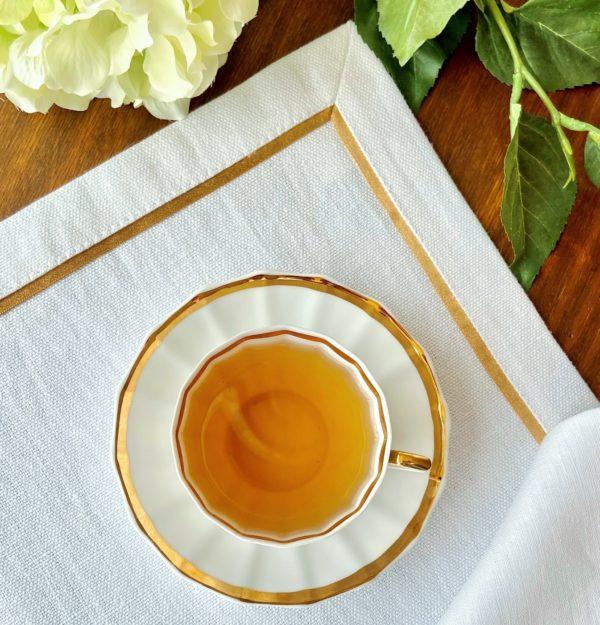 Салфетка сервировочная 2 шт. белая с ярко-золотым кантом